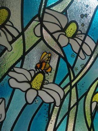Bee-Stained-Glass-Window-by-Elena-Gilman
