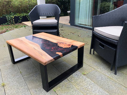 Black and Red River Table