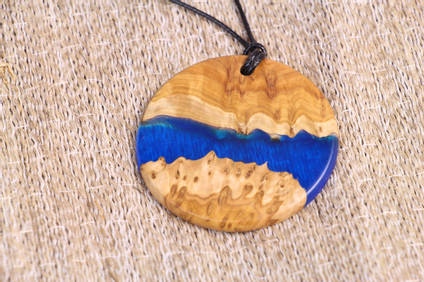 Circular Resin and Wood Necklace