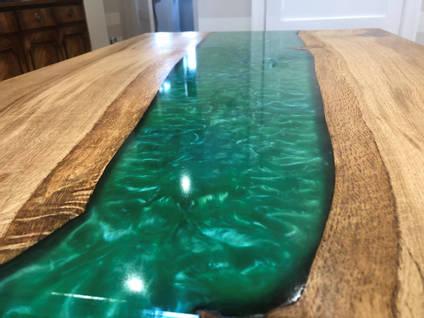 Green Oak River Table Close Up
