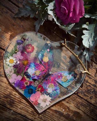 Resin-Butterfly-Tray-by-Dusty-Blouse