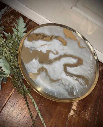 Resin-art-tray-by-Dusty-Blouse