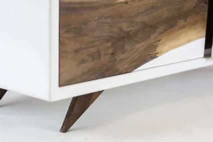 The-Zeta-TV-Unit-Corner-Detail-by-Matthew-Nunn-Design