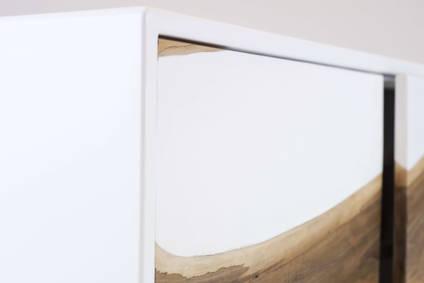 The-Zeta-Wood-and-Resin-by-Matthew-Nunn-Design