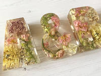 A-and-B-Resin-Casting-by-EB-Floral-Preservation Thumbnail