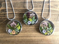 Floral Resin Pendants and Hearts Thumbnail