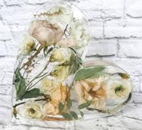 Resin Floral Hearts Thumbnail