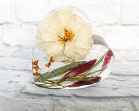 Red-and-White-Resin-Heart-by-EB-Flower-Preservation Thumbnail
