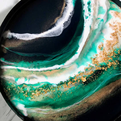 Resin Art Tray using Emerald Green SHIMR by Claudia Barrasso Designs